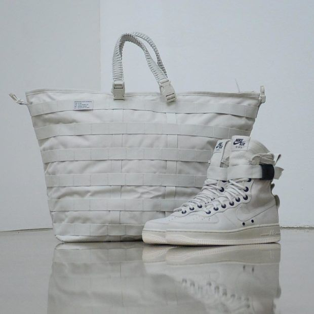 822e0f4dd4d Nike SF-AF1 Women's Release Exclusive Duffle Bag | SneakerNews.com