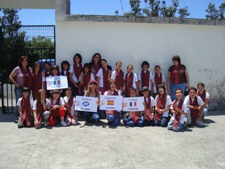 BLOGando n@ Escola: O Nosso Projeto eTwinning/COMENIUS na EBSTB: http://blogandonaescola1.blogspot.pt/2011/06/projecto-etwinningcomenius.html