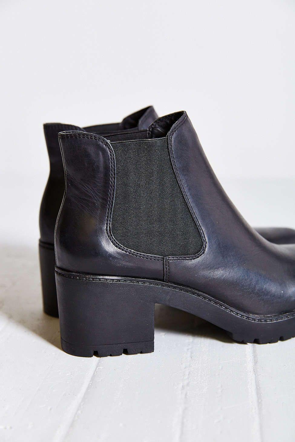 Steve Madden Rumi Chelsea Boot