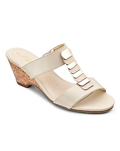 Wedge shoes, Wide fit sandals