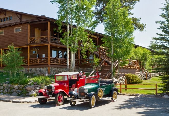 The Lodge Hotel And Cabins Grand Lake In Colorado