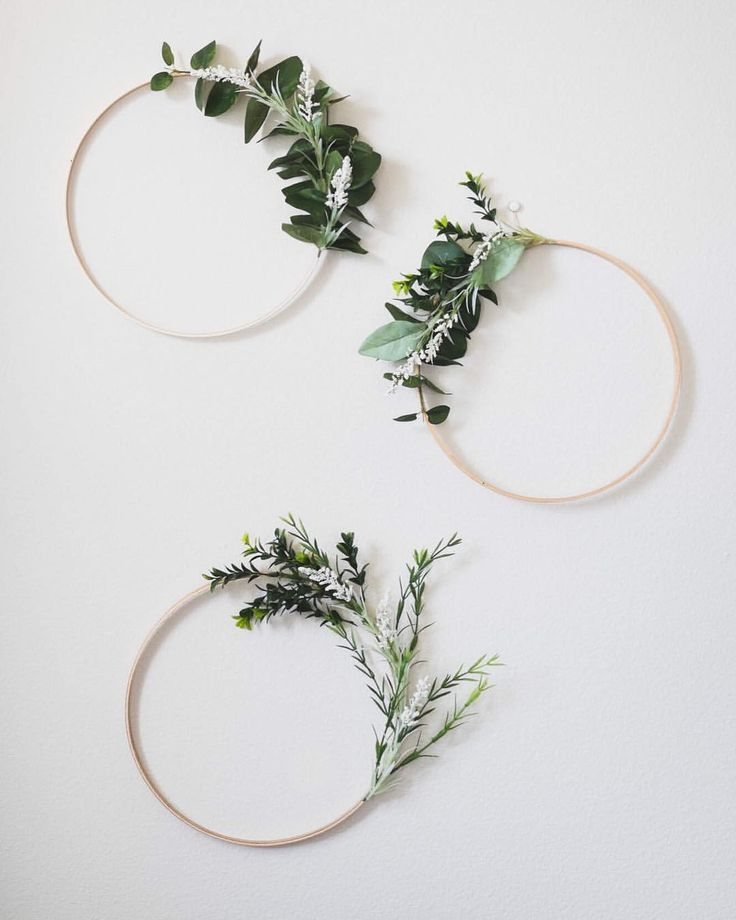 """Photo of Leanna Retterath on Instagram: """"I can't believe how popular these greenery wreaths are! I have just three up on the shop right now after selling out of a whole batch of… """""""