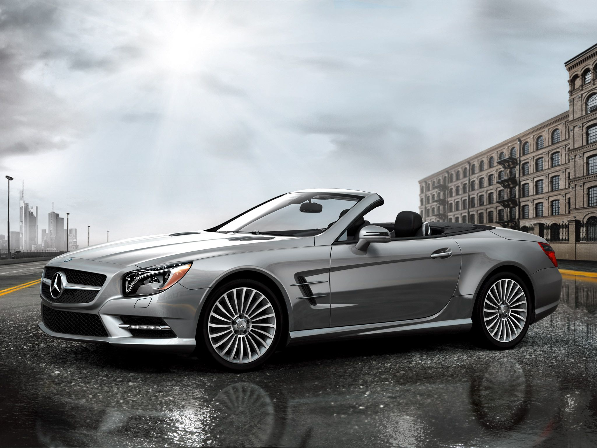SL550 With Optional 19 inch Multispoke Wheels