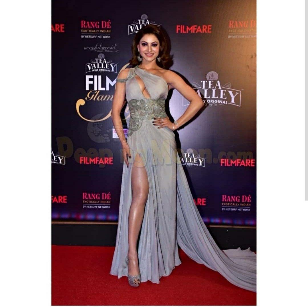 Beautiful Indian Actress, Formal