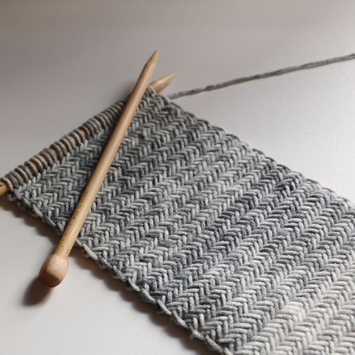Herringbone Knit Scarf - Free Pattern (We Like Knitting) | Dos ...