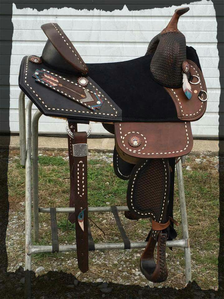 4c95866893dae7 Custom Bob Marshall. | [05-Animals] Droolworthy tack | Treeless ...