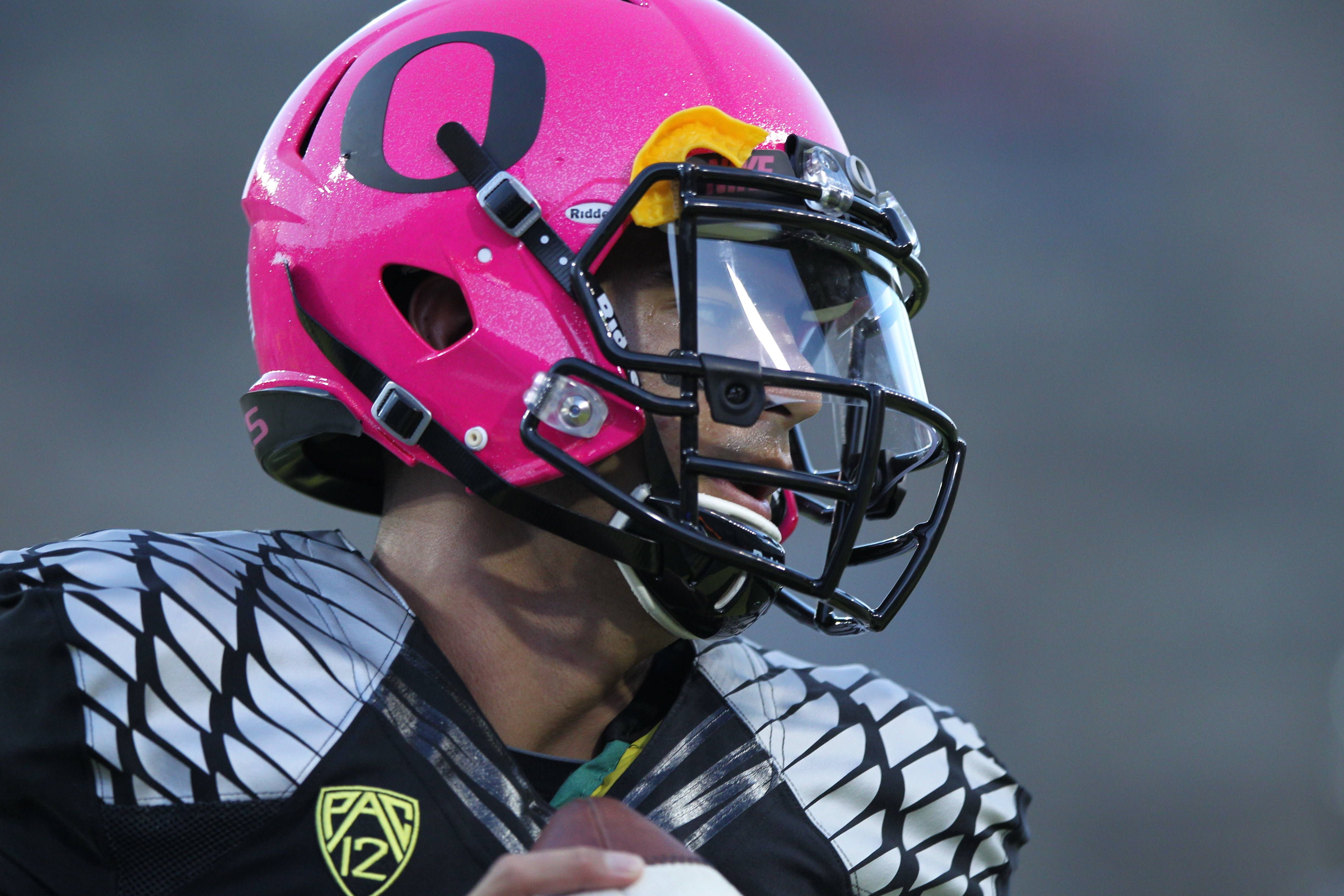 low priced 0cf46 54f1a Pink Oregon Ducks   Helmets and Decals   Oregon ducks ...