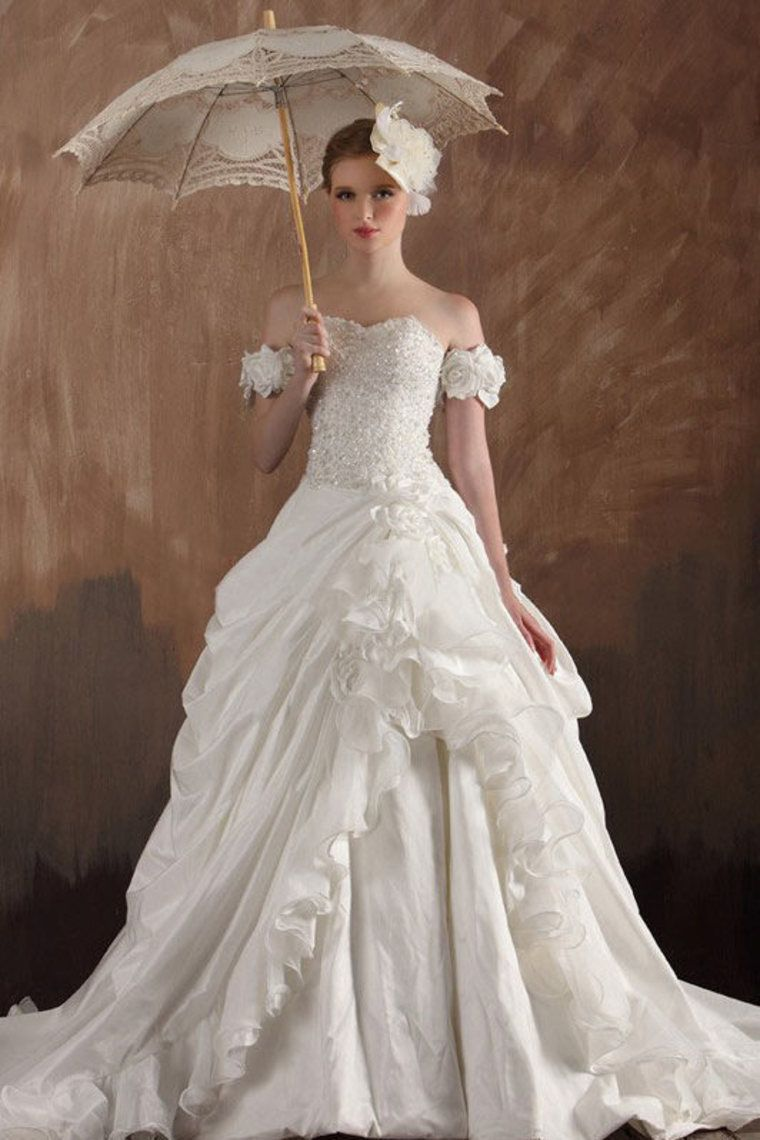 2013 Wedding Dresses Ball Gown Off The Shoulder Court Train ...