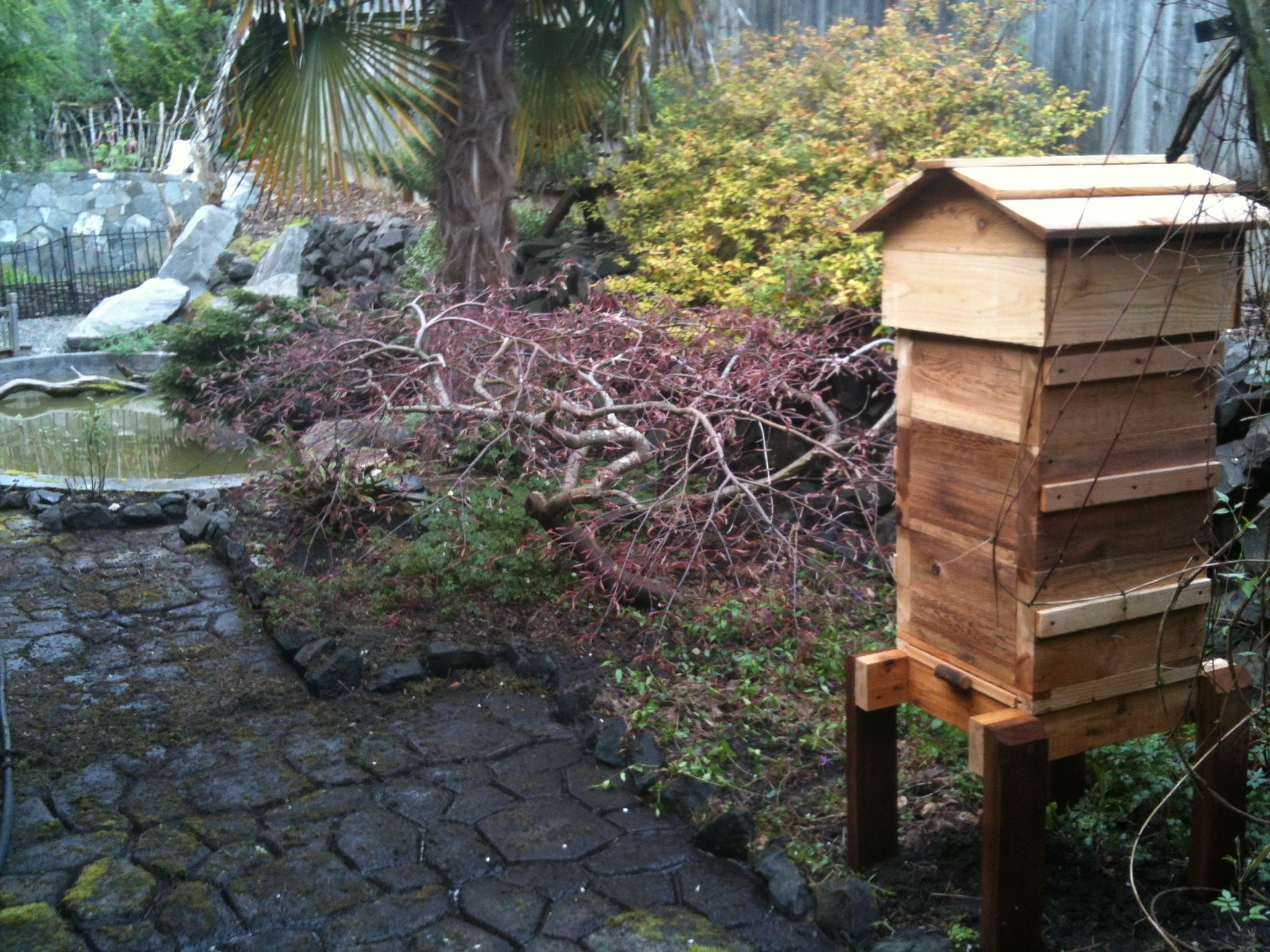 A Warre Hive Garden Bees 28 Images For The Next Swarm Warre Hive Plans Very Detailed Warre