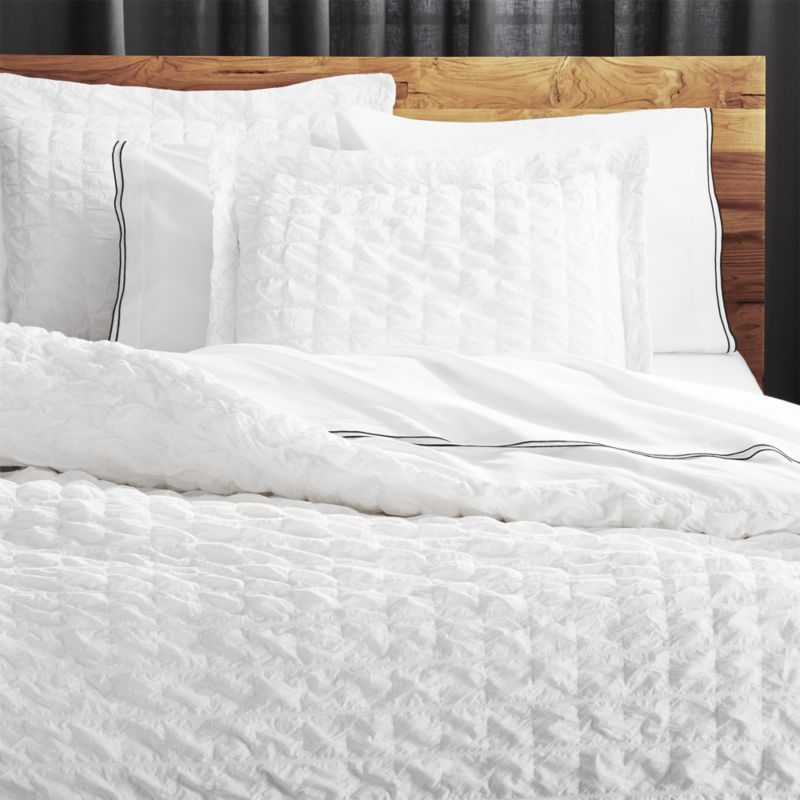 Makenna Bedding Shop Desi White Seersucker Bedding A Soft Cloud Of Hand Guided Pintucks Creates A Soft Puckered Texture In S Pintuck Bedding Modern Bed Bed