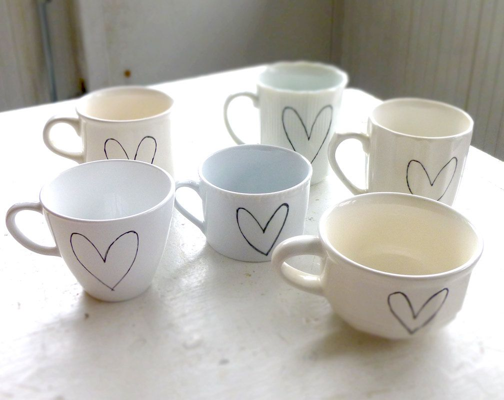 Mismatched collection of vintage mugs become a set when you add a ...