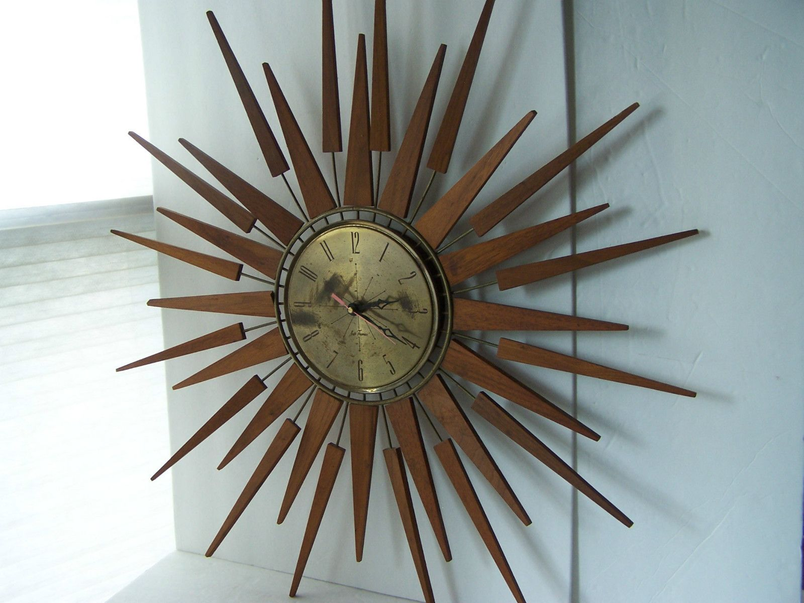 Vintage seth thomas wall clock starburst sunburst atomic retro mid vintage seth thomas wall clock starburst sunburst atomic retro mid century eames amipublicfo Images