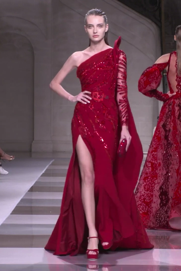 Ziad Nakad Look 3. Fall Winter 2019/2020 Haute Couture Collection
