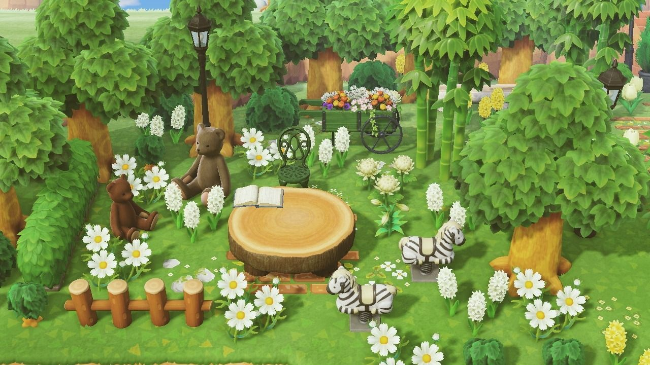 Moonglow Forest A Little Greenhouse In The Woods In 2021 Small Garden Animals New Animal Crossing Animal Crossing Game Backyard lawn diy acnh