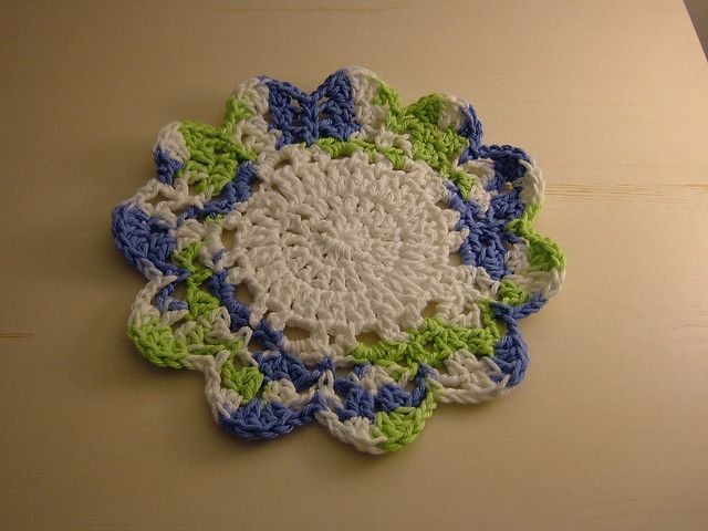 flower dishcloth by whirledpeas00, via Flickr