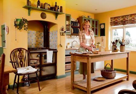 die besten 25 gelbe k chenw nde ideen auf pinterest hellgelbe w nde blau gelb k chen und. Black Bedroom Furniture Sets. Home Design Ideas