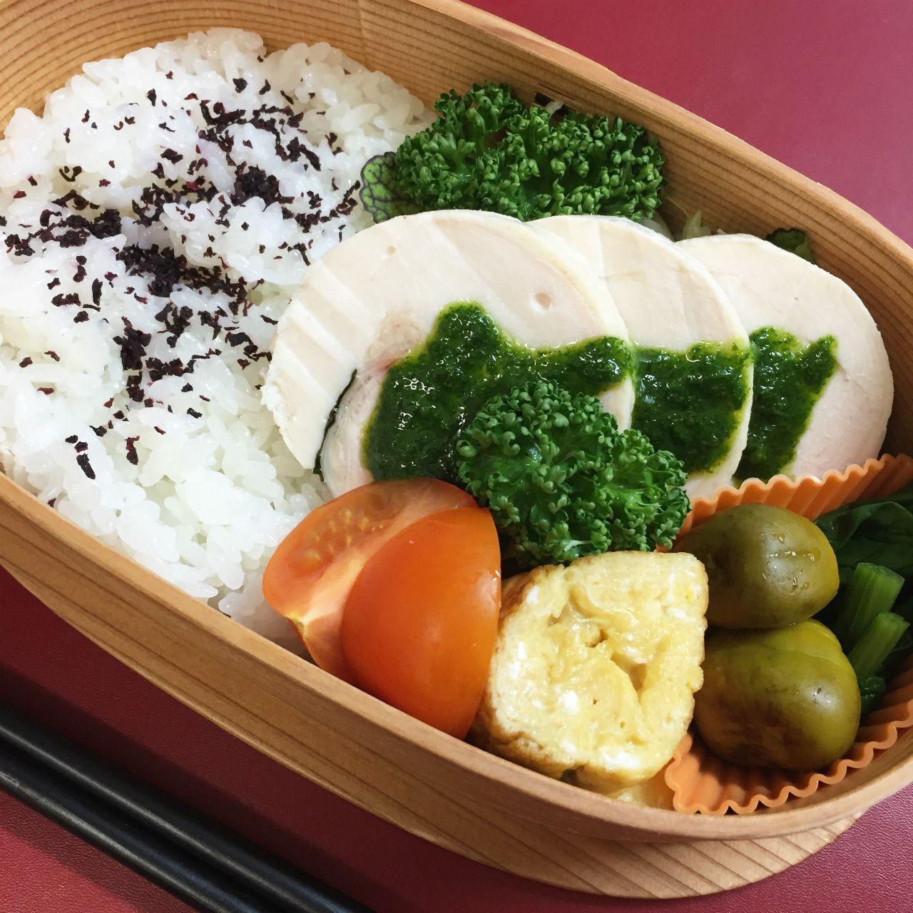 Handmade chicken ham with parsley sauce – Japanese lunch box