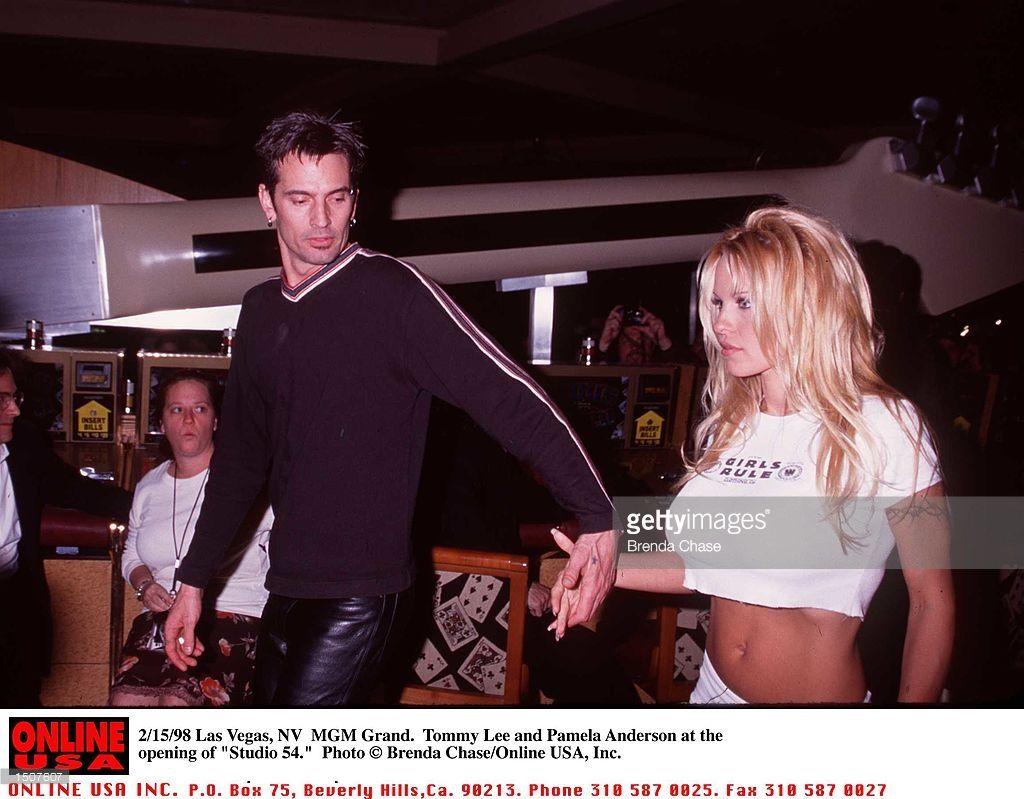Pamela anderson tommy lee wedding bands - Grand Las Vegas Nv Tommy Lee And Pamela Anderson At The Opening Of Studio