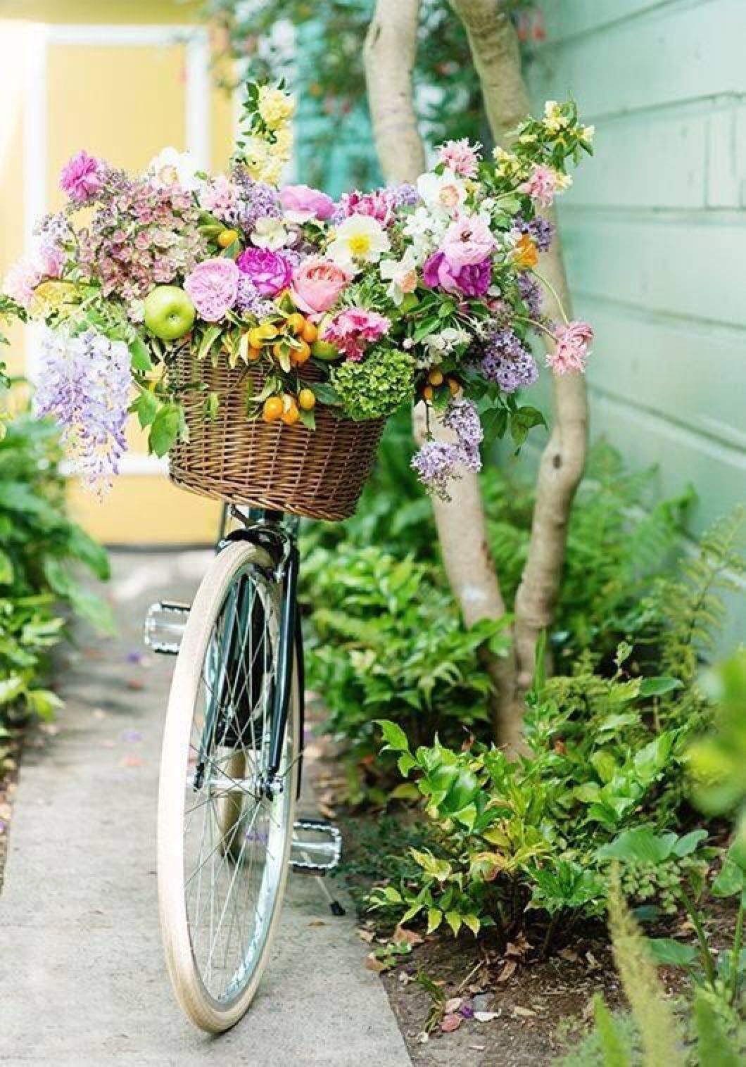 Garden decor bicycle  Hi My name is Lisa and I am a big shabby chic fan I also love