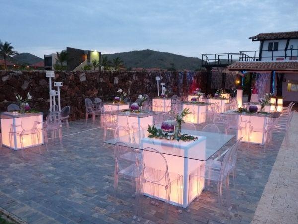 Outdoor wedding reception elegant romantic modern