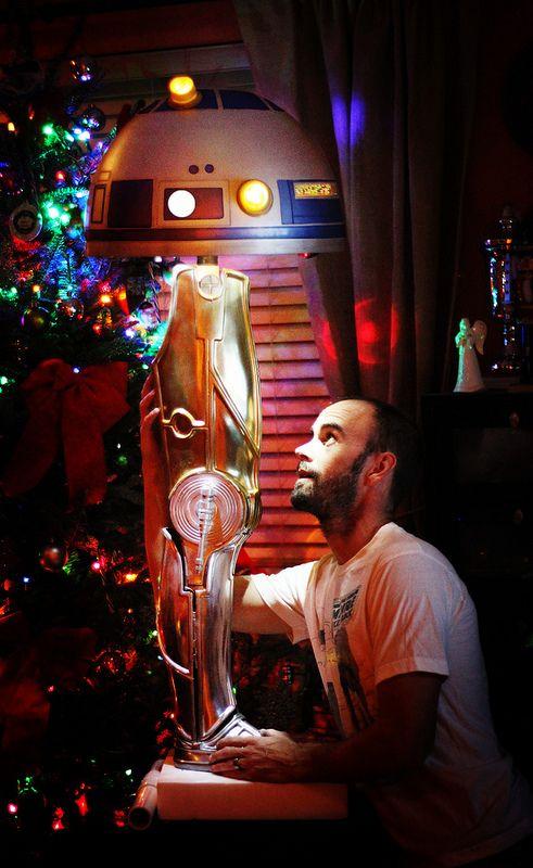 Star Wars/A Christmas Story Droid leg lamp is a Major Award Yeah