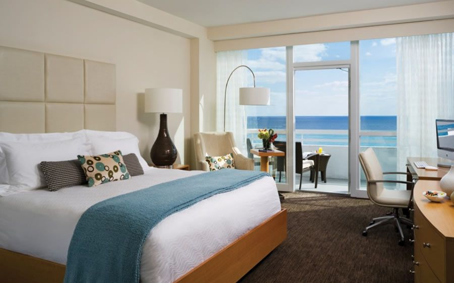26 hotel beds you need to try tonight photos beach for W hotel bedroom designs