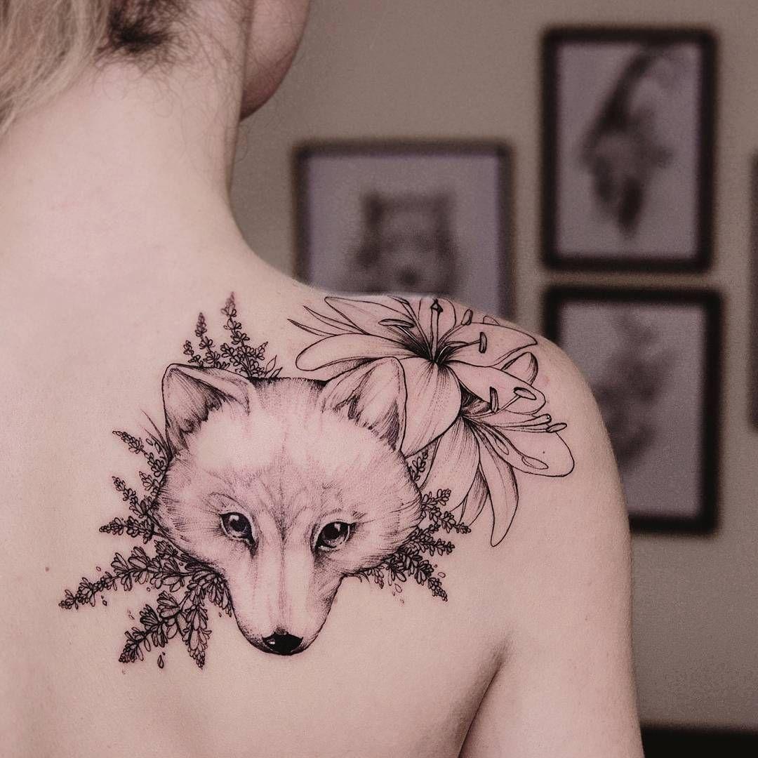 Arctic Fox The Tattooed Ukraine Equilattera Instainspiredtattoos Inkstinctsubmission Wiilsubmission Igtattoogirls Tattoosele Tattoos Fox Tattoo Arctic Fox