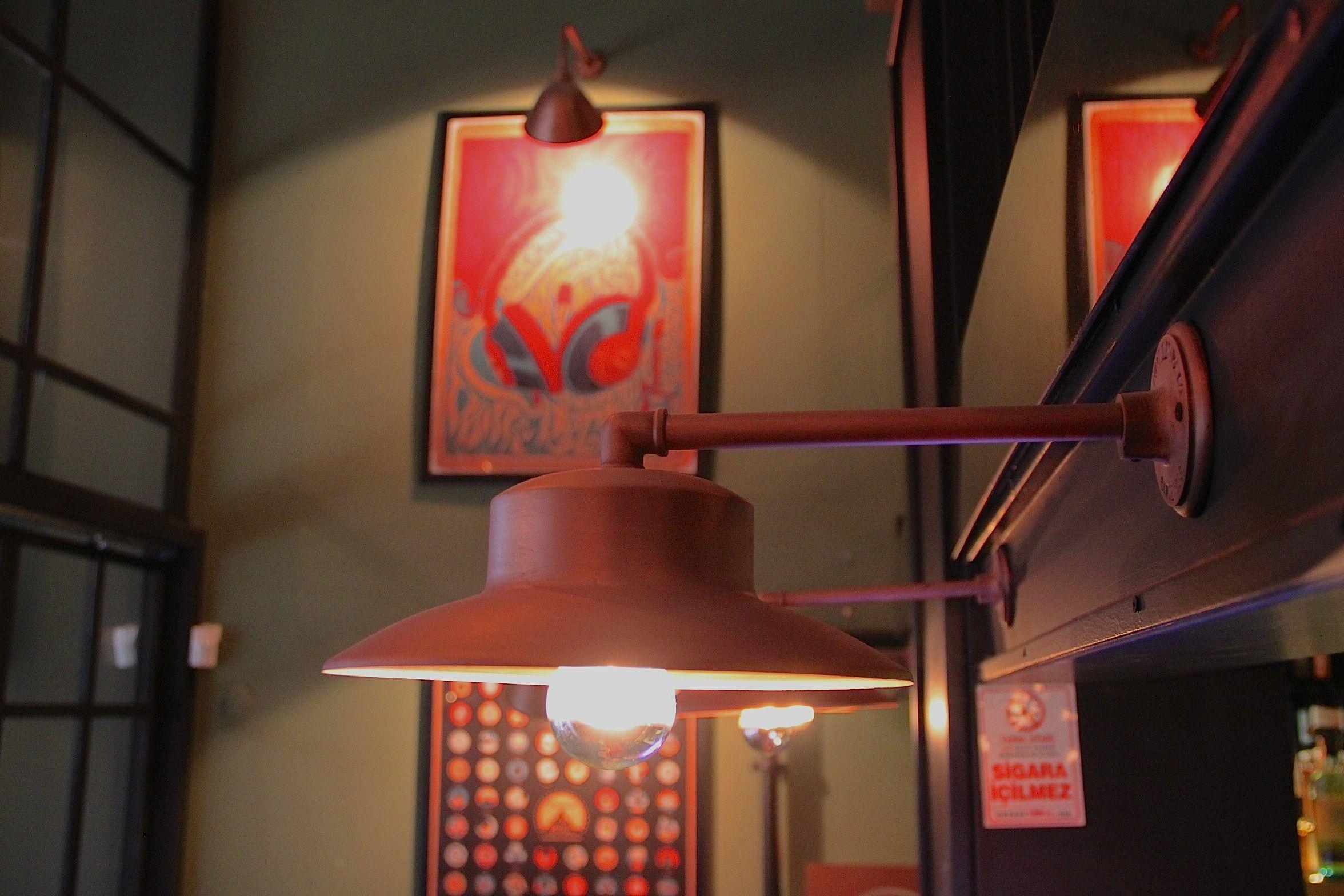e5 pub kadıköy #lighting