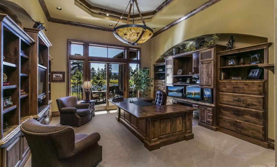 Home Office | Colorado | Luxury homes, Luxury homes interior, Maine