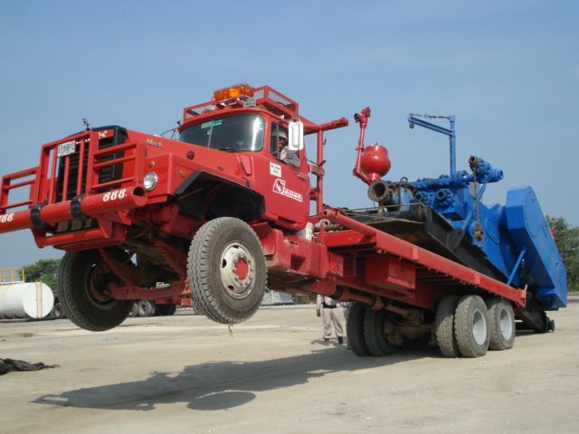 Truck called Mack uploading a big engine   Trucks, Big trucks, Mack trucks