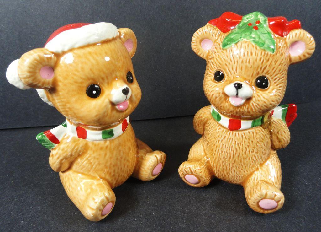 Lefton  Christmas Bear& Pepper Salt & Pepper Shakers