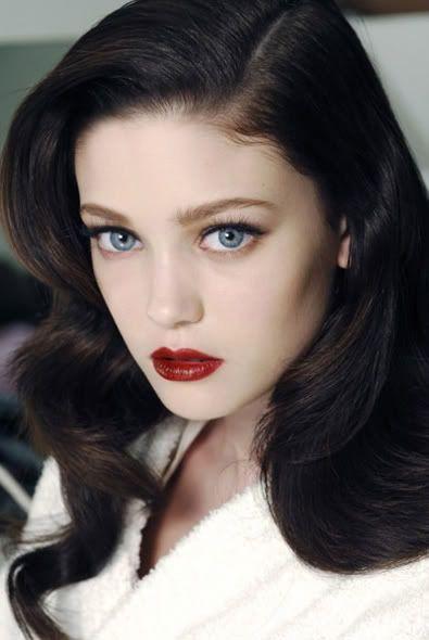 1940 S Hair And Make Up Dark Red Lip Hair Pale Skin Black