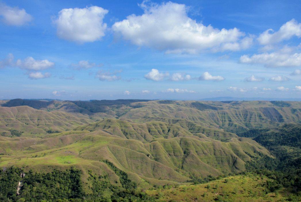 Hasil gambar untuk pesona taman nasional laiwangi wanggameti
