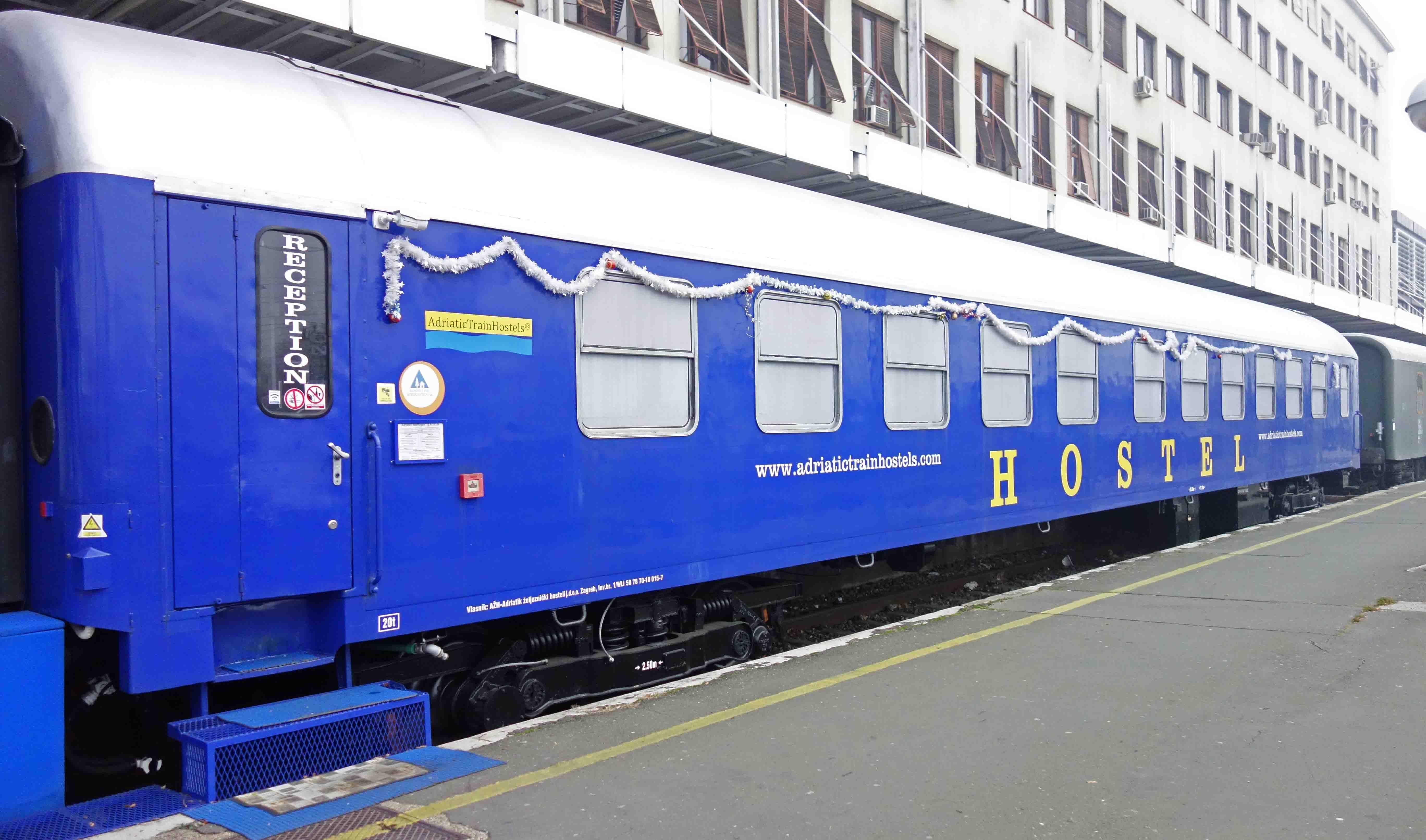 Adriatictrainhostels Zagreb Ubernachten Im Eisenbahn Waggon Zagreb Waggons Hauptbahnhof