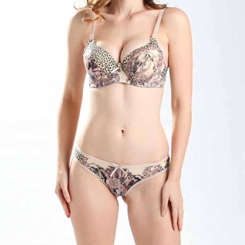 Stylish Sexy Bra And Panty Set Your Design Women Bra & Penty Photo ...