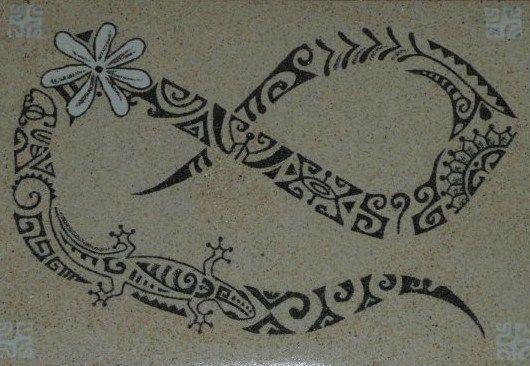 Tatouage polynesien femme recherche google tattoo - Tatouage femme polynesien ...