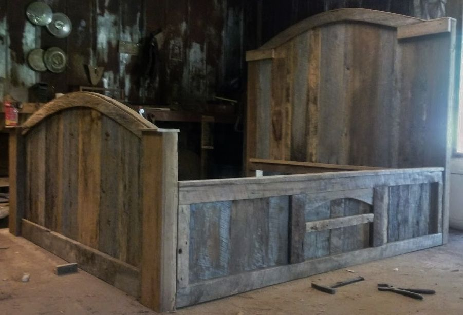 Barn Wood Platform Bed By, Barn Wood Furniture Ideas