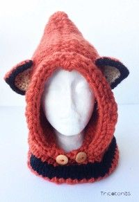 Gorro capucha con orejas de zorro Un gorro bufanda de lana naranja con  botones. f65374c9ef8