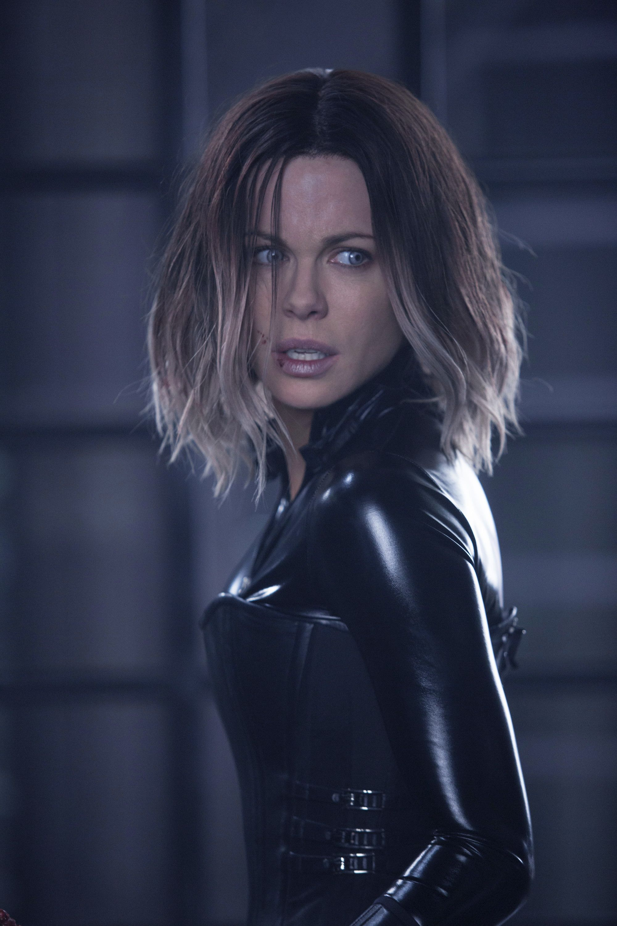 Res 2000x3000 New Vampires Images Selene Hd Wallpaper And Background Photos Kate Beckinsale Pictures Kate Beckinsale Underworld Kate Beckinsale