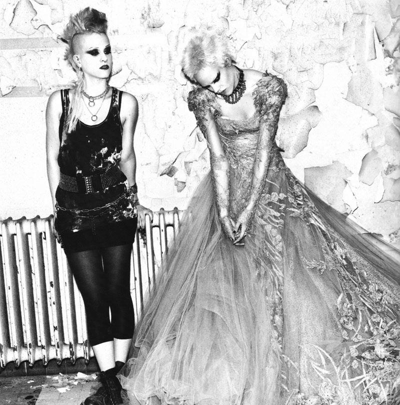"Vogue Paris October 2010 ""THINK PUNK"" by Mario Sorrenti | Livin Cool"