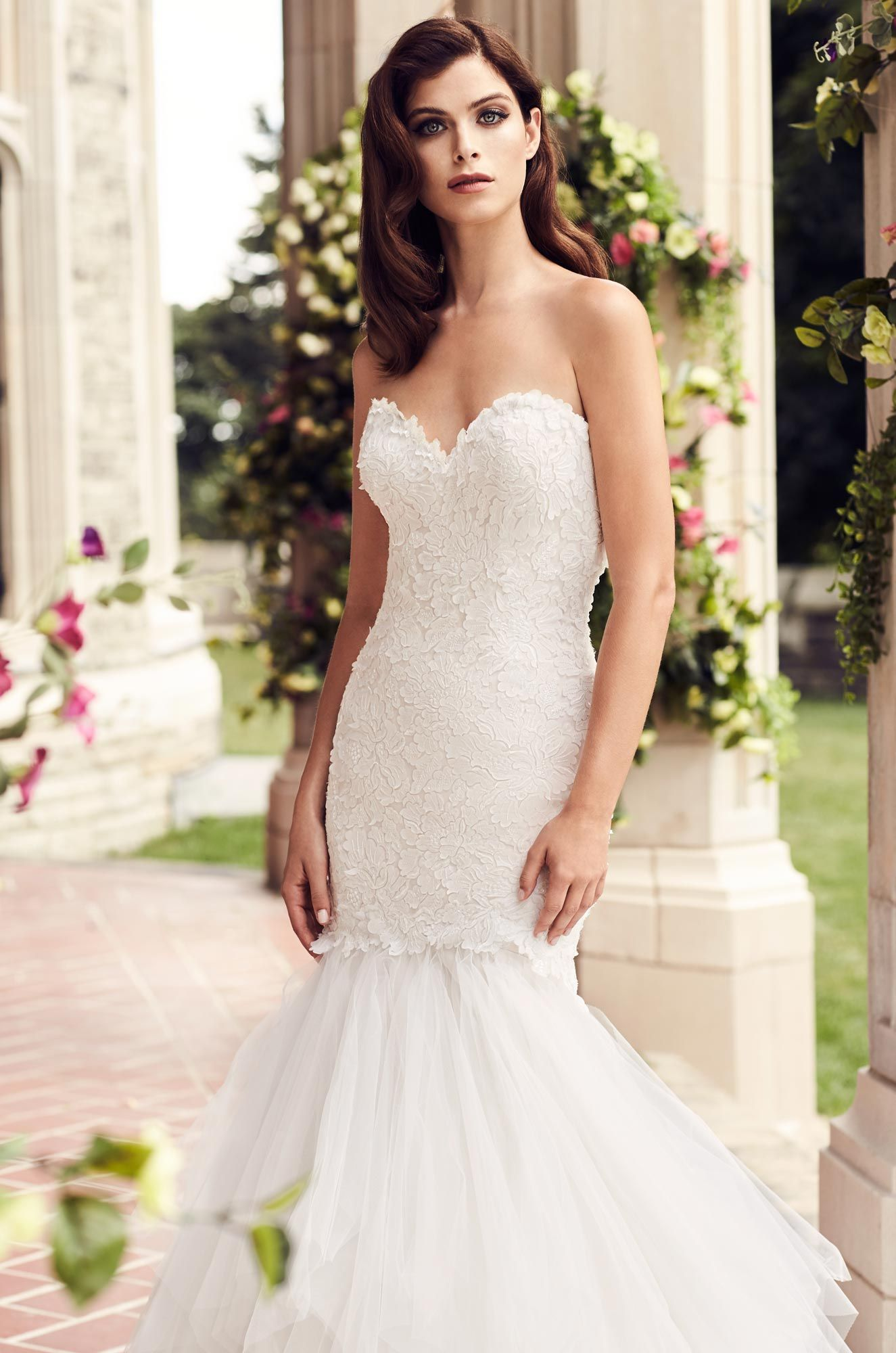 Lace dress styles for wedding  Fitted Laser Cut Lace Wedding Dress  Style   Laser cutting