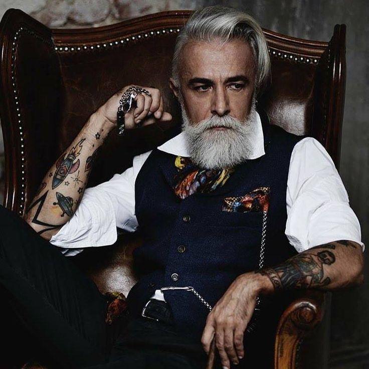 Resultado de imagem para beard gentleman tattoo the man - Hipster anzug ...