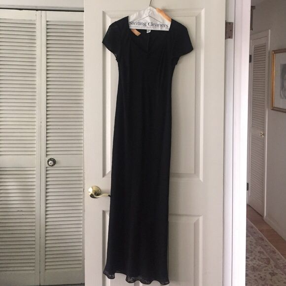 Awesome Floral Dresses Selling this NWOT Long Ann Taylor Floral Embroidered Dress on Poshmark! My usern... Check more at http://mydresses.ga/fashion/floral-dresses-selling-this-nwot-long-ann-taylor-floral-embroidered-dress-on-poshmark-my-usern/