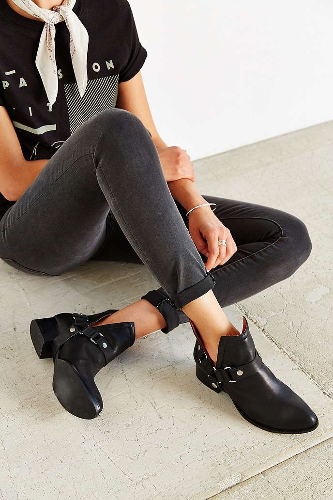Jeffrey Campbell Jeffrey Campbell Musk Ankle Boots Black Leather buy cheap cheapest price OyR0JGw