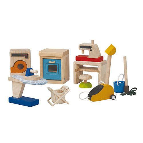 Drewniane sprzęty domowe do domku dla lalek firmy Plan Toys