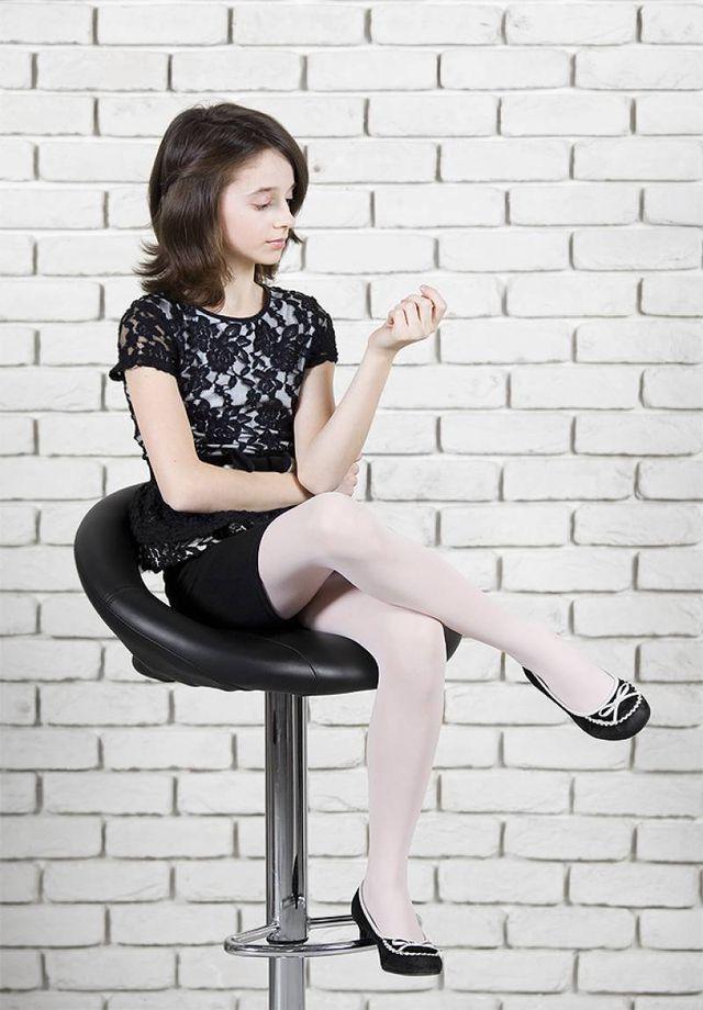 sexy-teen-tween-girl-pantyhose