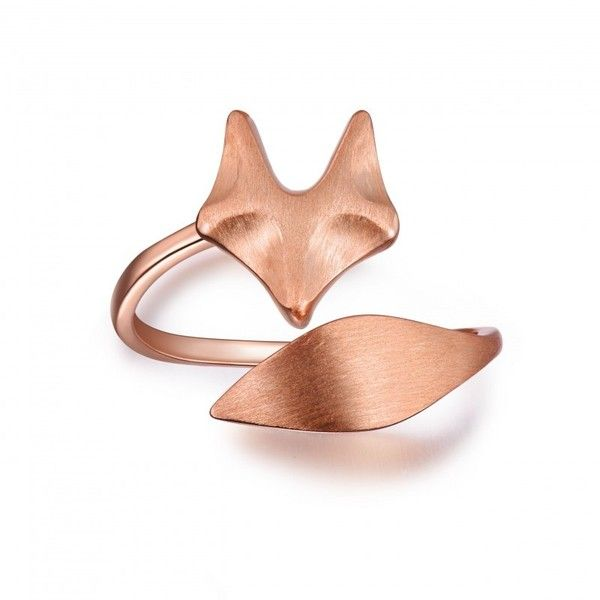 Rose Gold Fox Ring 39 liked on Polyvore featuring jewelry