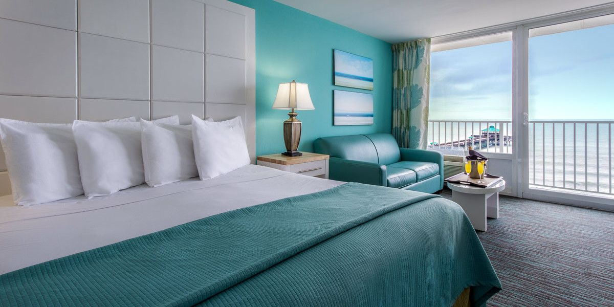 Situated Near Historic Charleston On Folly Beach The Tides Hotel Is S Exclusive