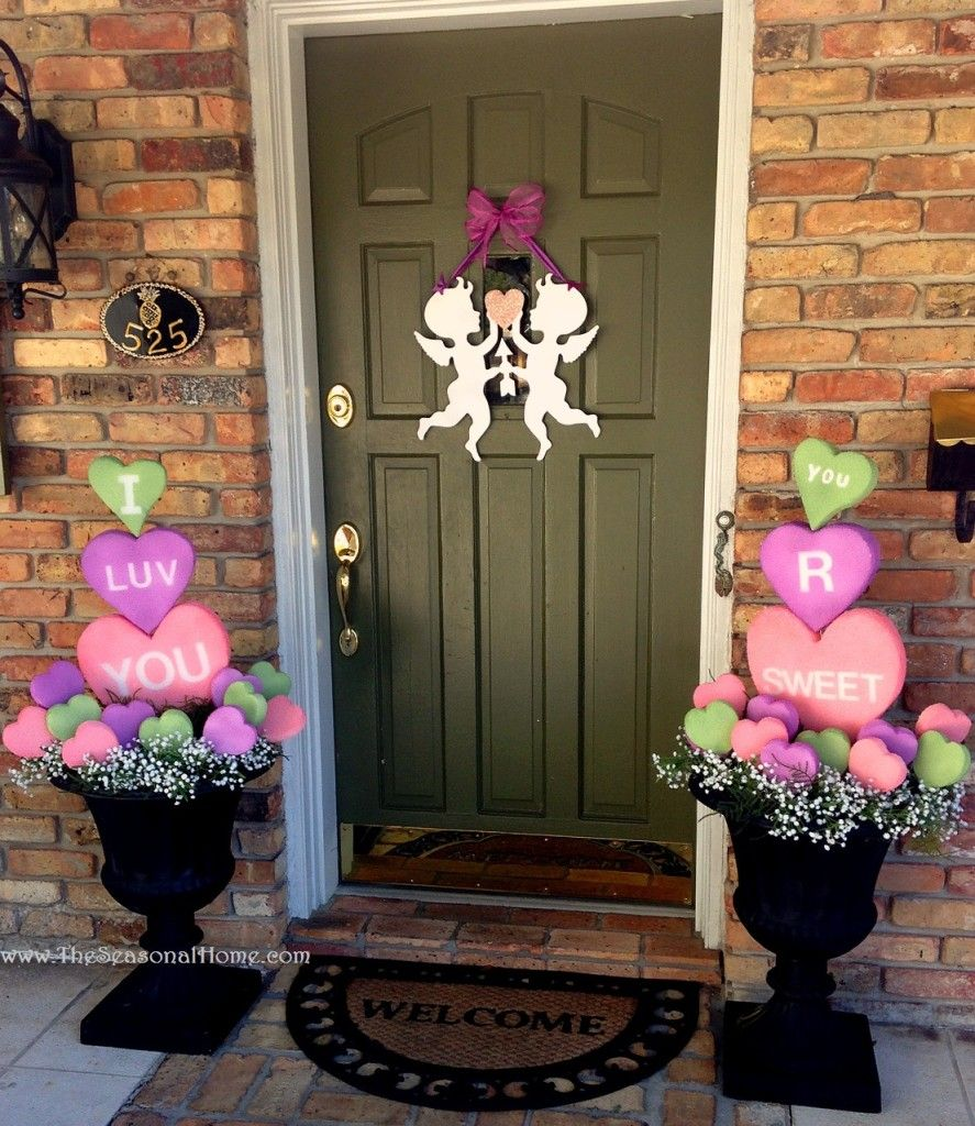Valentine Home Decorating Ideas: Adorable & Creative Conversation Heart Topiary Greeters