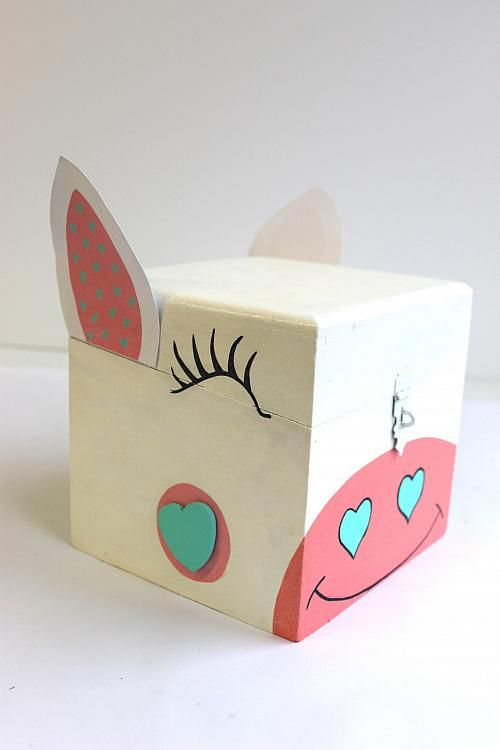 painted unicorn valentine card box project by decoart bricolage